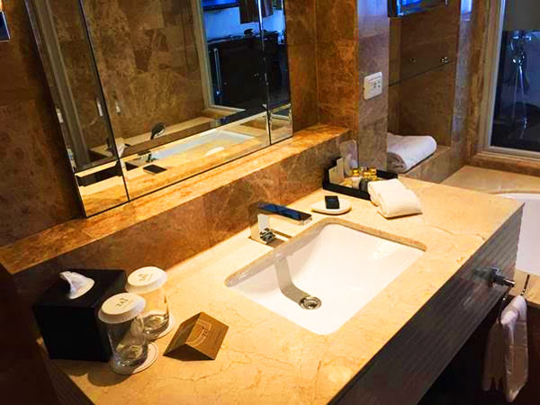 Badkamer Story Hotel : Hotel imperial russland gussew booking
